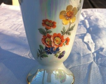 French Vintage Hand Painted D'art Limoges Porcelaine Coffee Cup   ( Ref No. A1 )