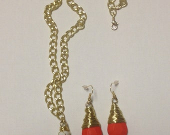 Gold Wire Wrapped Orange Pendant Necklace and Earrings