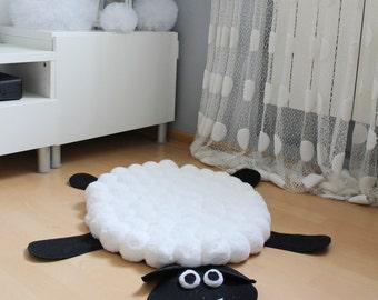 Pom Pom Rug, Sheep Rug, Bohemian Rug, Kids Rug, Pompom Rug, Nursery Area Rug, Animal Rug, Soft Fluffy Rug, Baby Rug, Area Rug, Floor Rug