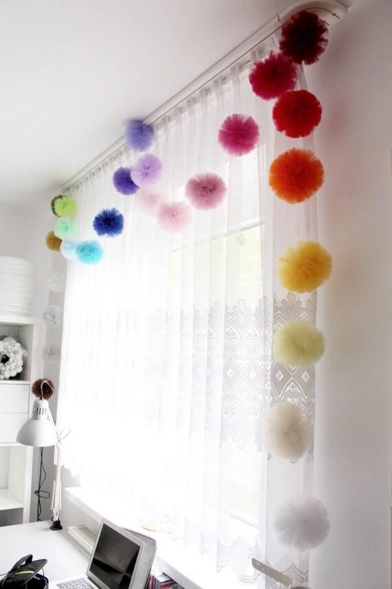 Pom pom garland tulle pom poms girls bedroom by pompommyworld for Pom pom room decor