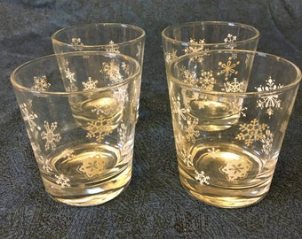Vintage Old Fashioned Low Ball Glasses with Snowflakes, Christmas Snowflakes Old Fashioned Glasses