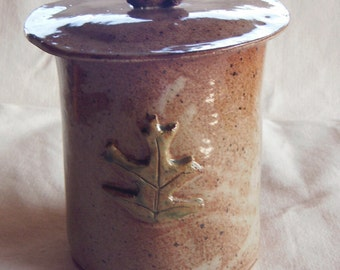 Pottery Crock or Cookie Jar