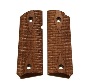 Triceratops Customs Compact Checkered Walnut 1911 grips