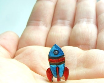 tiny rocket for your lapel // shiny red and blue pin brooch