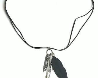 Black feet necklace