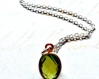 Sterling Silver Peridot Necklace.