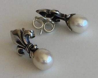 Fleur de Lis Earrings-Silver-Fleur de Lis-Pearl