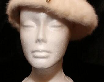 Kangol Vintage Angora Ivory Cream Beret Style Hat Made in UK