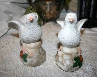 1980s White Doves//Porcelain Bisque Figurines//Vintage White Doves