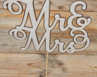 Mr & Mrs Cake Topper. Mr and Mrs Cake Topper. Neutral Colours. Wedding Cake Topper. Wedding. Cake Topper. Wedding Decorations. Name Topper