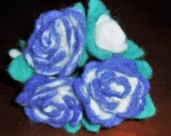 Needle felted Wool Varigated White-Violet Rose Bouquet