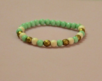 Mint Beaded Bracelet- Mint/Gold/White