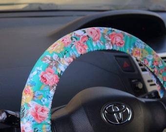 Floral steering wheel cover