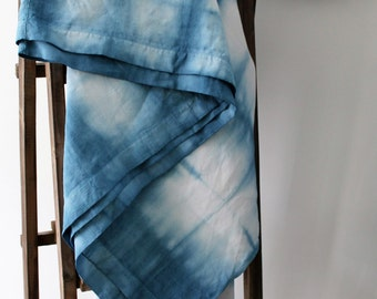 Tie and Dye - former sheet - early XXth - linen thread Made in France - dyed by me - indigo blue