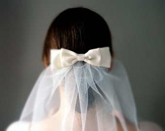 Shoulder Length Veil, 1950's Vintage Style Ivory Tulle with Vintage Silk Bow Comb 'Grace'