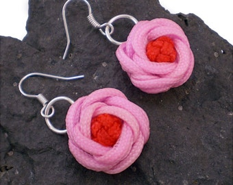 Knotted Rose Earrings, Turkshead Knot Rose Earrings, Macrame Rose Earrings, Turks Head Knot, Turkshead Knot (Light Pink & Red)