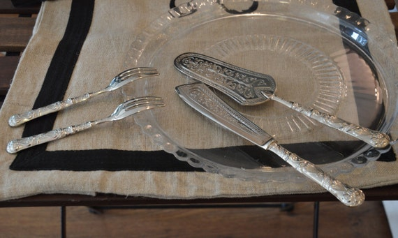 Wedding Gift Knife Set : Silver dessert cutlery set, silver plated cutlery wedding gift service ...