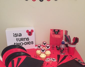 The MINNIE MOUSE Perfect Parties Kit