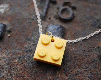 Yellow Brick Flat 2x2