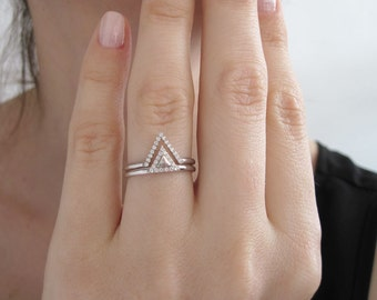 Diamond Engagement Ring Set, Diamond Bridal Set, Diamond Triangle Ring, Triangle Diamond Ring, Trillion Diamond Engagement Ring, Dainty Ring