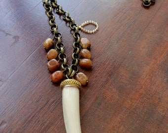 Ethnic long necklace Horn