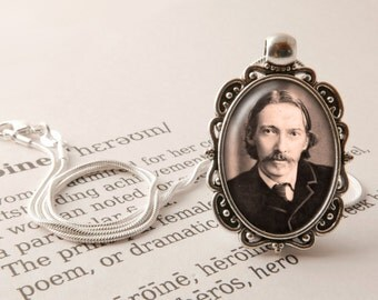 Robert Louis Stevenson Pendant Necklace - Robert Louis Stevenson Jewellery, Talk Like a Pirate Day Necklace, Robert Louis Stevenson Jewelry