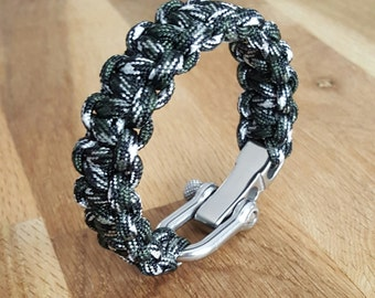 Paracord Bracelet black/white/khaki camo with a stainless adjustable metal shackle / survival Bracelet / men gift / gift idea
