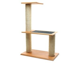 Solid wood scratching post - step  / cat tree