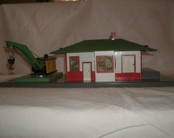 American Flyer A. C. Gilbert ca 1946-1954 Mystic Station with Crane