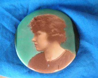 "Antique Celluloid Pocket Mirror Young Lady Photo Vintage photo Image 2 1/4"" Pocket mirror"