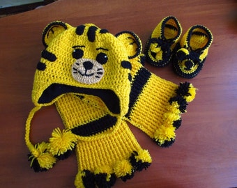 Knitted Hats, Scarves, Booties,Knit set for baby, Knitted Baby Booties, Baby Boys Booties, Handmade Snug Bootees, Yellow, Handmade Baby Gift