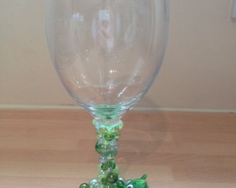 Decorated Wine Glass - Pascal (Tangled)