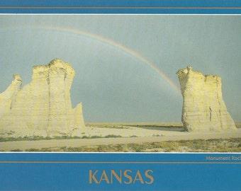 Vintage 1980s Postcard Kansas Pyramids Double Rainbow Monument Rocks Gove County Nature Geology Photochrome Era Postally Unused