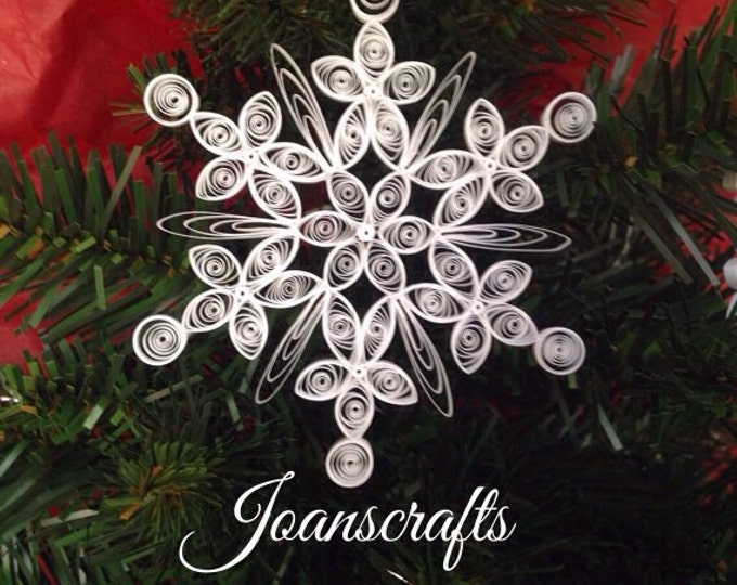 Quilled Snowflake Ornament Design for 2011