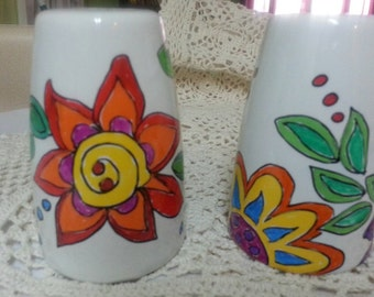 Hand painted salt and pepper shakers set