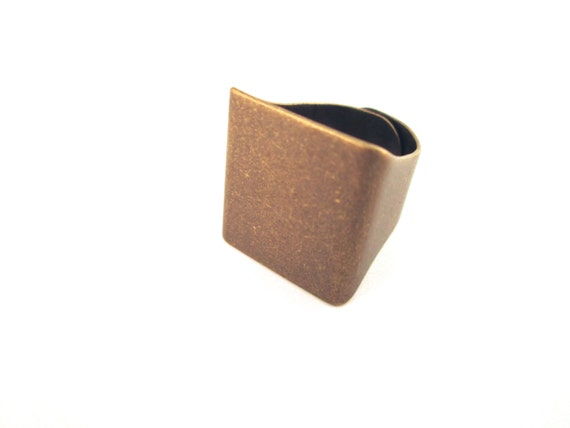 5 unisex 20mm square blank ring bases, brass plated A262