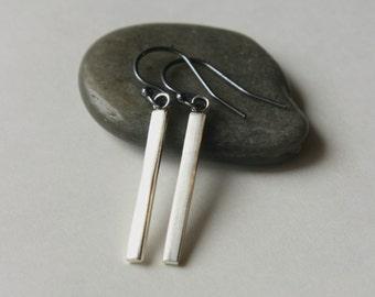 Sterling Silver Bar Earrings, Minimal Earrings, Modern Jewelry, Mixed Metal Jewelry, Oxidized Silver, Linear Earrings, Minimal Jewellery