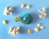 Nautilus Brooch #5 (blue/green) - plush pin creature toy nuigurumi nature turquoise amigurumi ocean sea creature