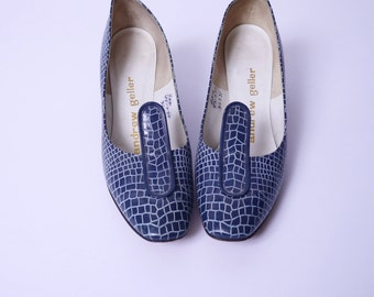 Vintage 60s Quirky Blue Alligator Print Pumps 9AA