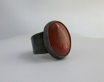Antiqued copper ring with red jasper cabochon - copper jewelry- size 12.5 US - rustic jasper ring- stone ring - man's ring