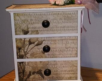 Box, Shabby Chic, Decorated box, Musical Notes, box, shabby decor, box, keepsake box