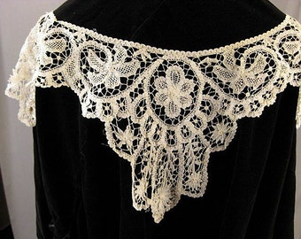 Antique Lace Collar American Battenberg handmade Victorian era
