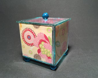flowers & lace glass box with pink circles on the inside by detroit glass company