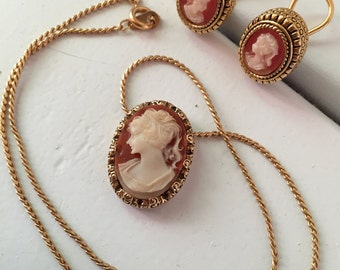 Vintage Cameo Matching Necklace and Clip-On Earrings Set