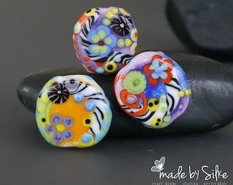 Handmade lampwork beads  set     Here We Go     artisan glass      free-formed        made by Silke Buechler