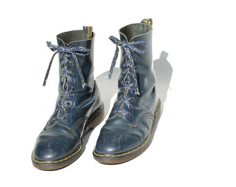 Vintage Nocturne Blue Leather Mid Calf Boots / size 10