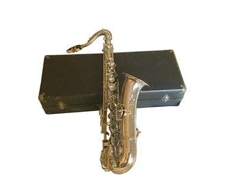 1930s Pan American Elkhart Saxophone & Case, Vintage Musical Instrument, Retro Big Band Style