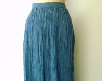 90s Crinkle Skirt / Sky Blue Chambray Skirt / Crinkled Maxi Skirt