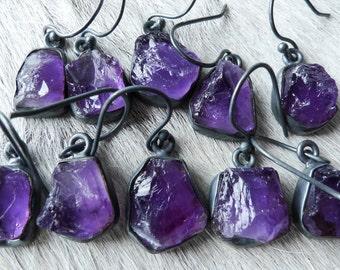 Amethyst earrings | Raw amethyst earrings | Amethyst dangle earrings | Rough amethyst stone | Purple stone earrings