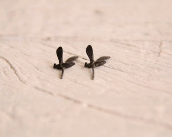 Tiny bee earrings-Sterling silver insect earrings-Bee stud earrings-Animal jewelry-Dainty stud earrings-Gift for teenagers -Jewelry under 45